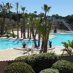 La piscine au centre de vacances les tamaris à Portiragnes