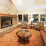 Foto de AmericInn Lodge & Suites Greenville