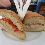 Great sandwiches to be had at Lluvia de Oro in Havana (30/Mar/16).
