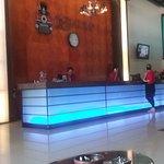 Zdjęcie Kuta Station Hotel