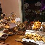 صورة فوتوغرافية لـ Harrys Bar + Cafe