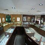 Harry Edwards Jewelers