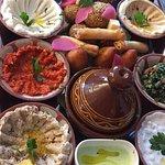 Mezze-Gerichte für drei Personen (vegetarisch)