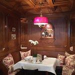 Dieser Frühstücksraum wurde laut Hotel 1927 eingerichtet, seitdem nichts geändert.