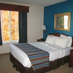 GrandStay Residential Suites Hotel Madison Photo