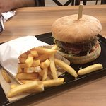 Lashings Classic Burger