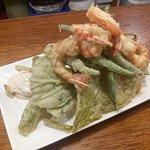 Verduras en tempura con langostinos (4 personas)