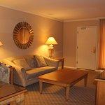 Photo of Beverly Hills Plaza Hotel
