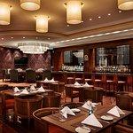 V Lounge & Restaurant