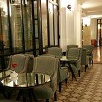 Photo de Hôtel Joyce - Astotel