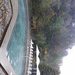 Vista de una de las piscinas exteriores