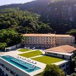 Rodeado pela natureza, o Serramar Hotel é o local perfeito para uma estadia aconchegante!