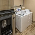 Laundry facility and Ice machine
