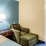 Motel 6 Saginaw - Frankenmuth Photo