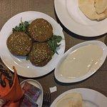 Must order Egyptian-style felafel (ta'amiya), tahini sauce, & khubz (pita bread)
