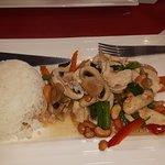 poulet noix de cajoux + riz thaï