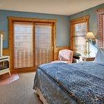 The Alpine House Lodge & Cottages Foto