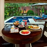 breakfast - 1 bedroom villa