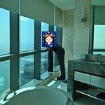 Jumeirah at Etihad Towers Foto