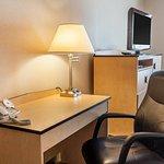 Photo of Comfort Inn & Suites Airport