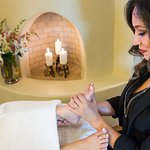 Inn_and_Spa_at_Loretto_Spa_Massage_Foot2