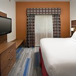 Foto de Holiday Inn Express & Suites Charlottesville - Ruckersville