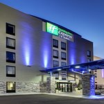 Photo of Holiday Inn Express & Suites Jackson Downtown - Coliseum