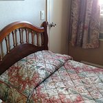 Twin bed. At little tight, but sufficient!