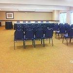 Photo de Phoenix Inn Suites Eugene