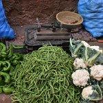 Légumes au marché de quartier.