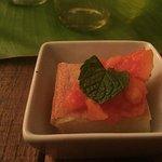 Mochi cake with papaya