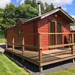 Chase the Wild Goose Log Cabins