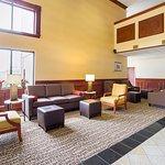 Comfort Suites Twinsburg Foto