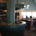 Clean cafe, huge portions, good food!!