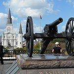 大砲と大聖堂