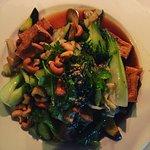 Tofu, cashew & vegetable stir-fry