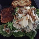Spinach salad with Chicken breast, Bisque 307 14th Street, Courtenay, British Columbia V9L 6P5