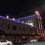 Triumph Grill resmi