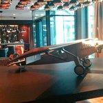 """Das Design der Lobby folgt dem Thema """"Luftfahrt"""""""