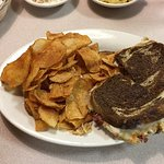 Cook's Country Kitchen, Great Reuben Sandwich & Chips