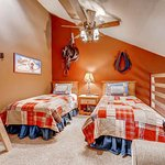 Foto de Kutuk Condominiums by Steamboat Springs