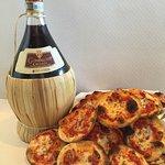 Pizzetta Calabrese  Capriccio di pesce et Chianti