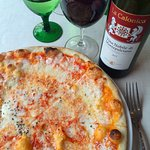 Try the thin crust pizza - the best!
