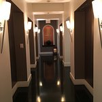 Women's spa, entry hallway