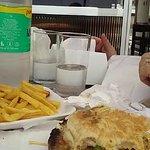 sándwich con papas