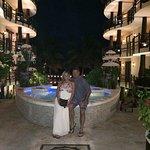 Zdjęcie El Taj Oceanfront & Beachside Condos Hotel