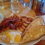 Le Valois Breakfast