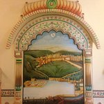 I really loved this painting of Amer Fort, Jaipur in the dining area. : )