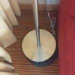 broken lamp base