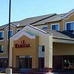 Ramada Denver International Airport resmi